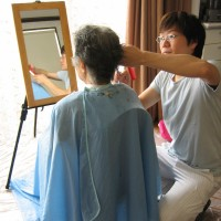 2016年4月より高齢者向け介護住宅にお住まいの方へのヘアサービス